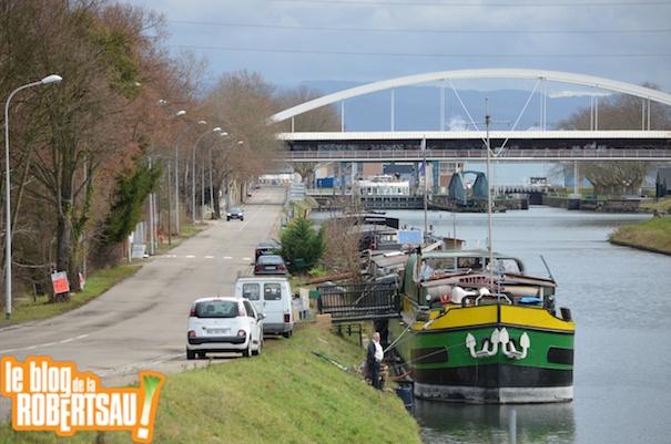 Le quai Jacoutot et le Pont Pierre Brousse / Photo EJ