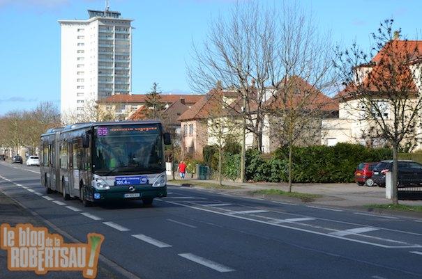 La ligne 6 relie directement la Cité de l'Ill au centre ville sans rupture de charge / Photo EJ