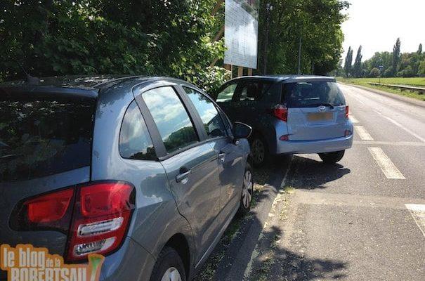 Près du Conseil de l'Europe, les beaux jours du stationnement sauvage