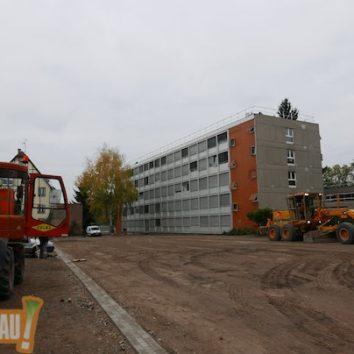 Et hop, cadeau de la ville :  un parking pour l'école européenne !