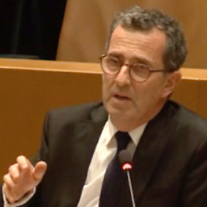 Stationnement payant à Strasbourg : Thierry Roos mène la fronde