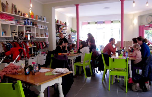 Haricot-Magique-cafe-poussette-Schaerbeek-Belgique-160920_L