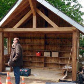 La cabane à livres de retour au parc de l'Orangerie
