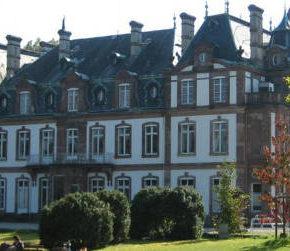 Balade à vélo à Strasbourg avec le Château de Pourtalès