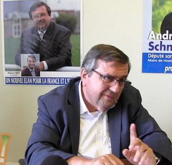 André Schneider ne se représente pas : George Schuller investi chez LR.