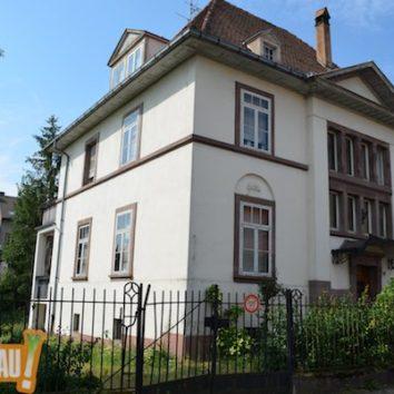 Une fiche Wikipédia sur Gustave Oberthür architecte à la Robertsau