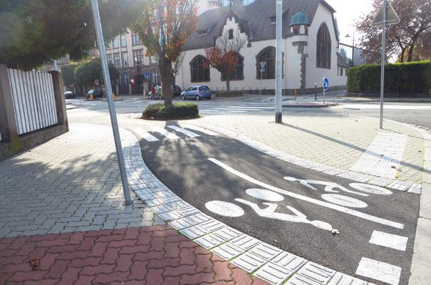Rue Boecklin : pas « friendly » du tout pour les vélos