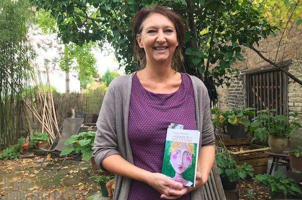 La grange aux souvenirs : le premier livre de Claudine Malraison