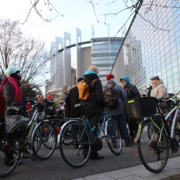 Berges du bassin de l'Ill : 3ème manifestation des cyclistes et des piétons