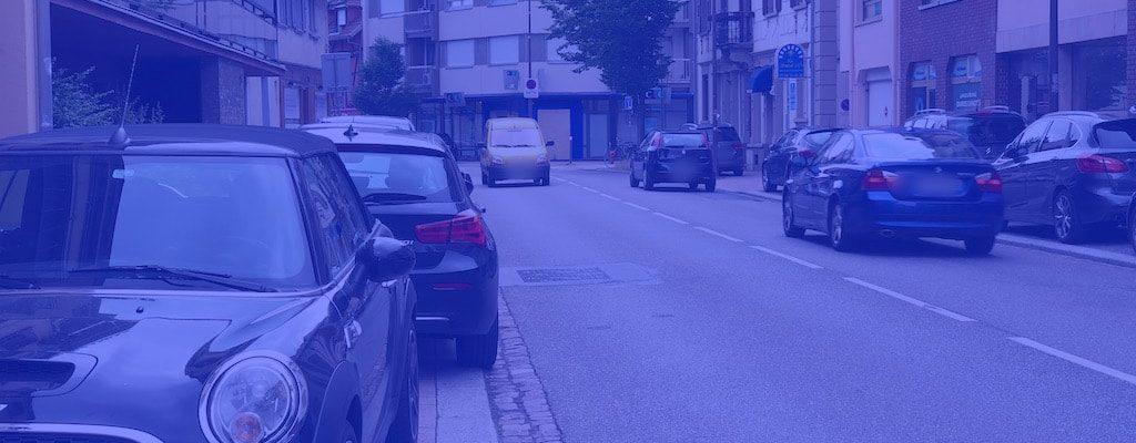 Une zone bleue rue Boecklin
