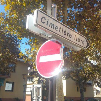 Le surprenant sens interdit de la rue des Peupliers