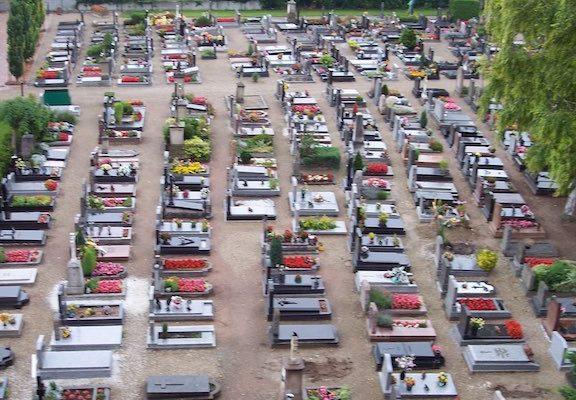Pourquoi le cimetière St Louis est-il en zone constructible ?