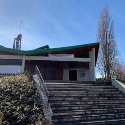 Brocante à la paroisse protestante de la Cité de l'Ill