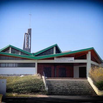 Brocante à la paroisse protestante de la Cité de l'Ill le 6 avril