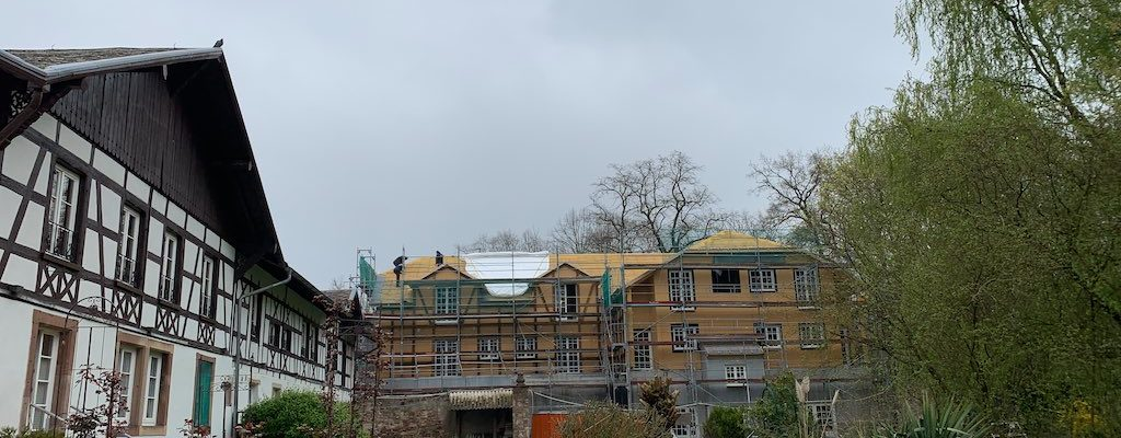 [Vidéo] Visite du chantier du Parc, l'extension de l'hôtel du château de Pourtalès