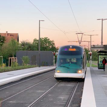 [Vidéo] On a pris le premier tram E à la Station Escale à 4h33 !