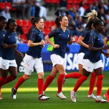 Une section football féminin à la SOAS Robertsau