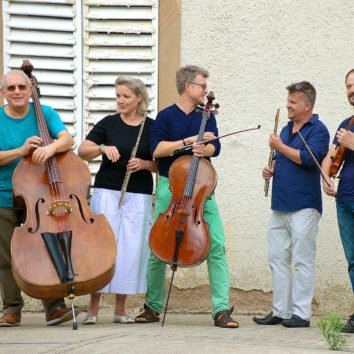 Concert en plein air avec The Strasbuskers