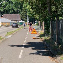 Pompage de l'eau sur la piste cyclable : vite une solution !